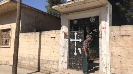 Has the Syrian armed opposition turned the Armenian Church in Ras al-Ain into an animal barn?